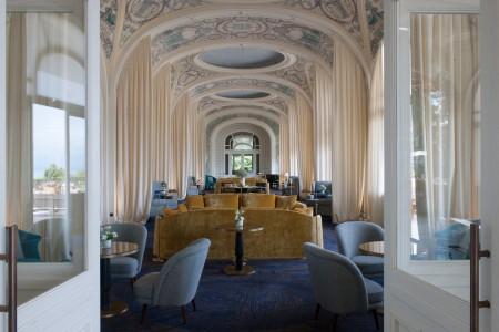 Evian Resorts - Grand Salon
